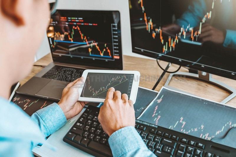 Học làm nhà đầu tư chuyên nghiệp trên tài khoản demo
