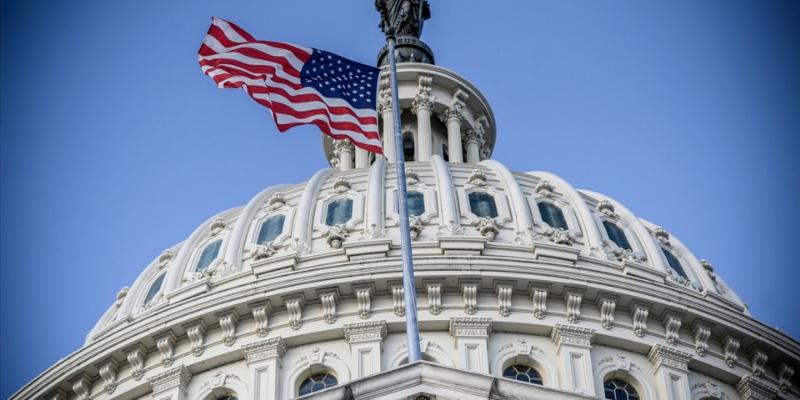 Cuộc chiến trần nợ đầy nguy cơ của chính phủ Mỹ